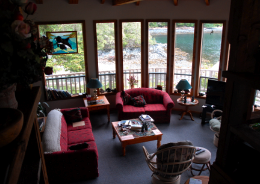 Vancouver Island > Hidden Cove Lodge