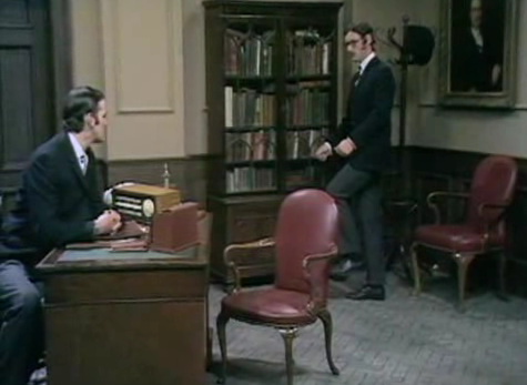 YouTube > Monty Phytons > Ministry of silly walks