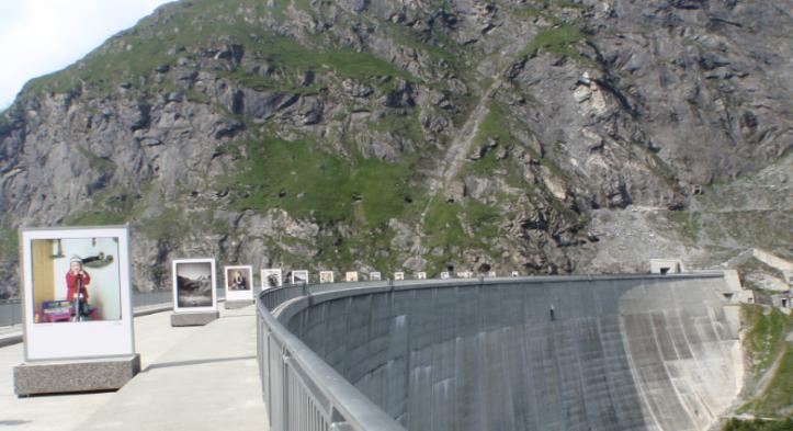 mostra fotografica sulla diga di Mauvoisin (luglio 2009)