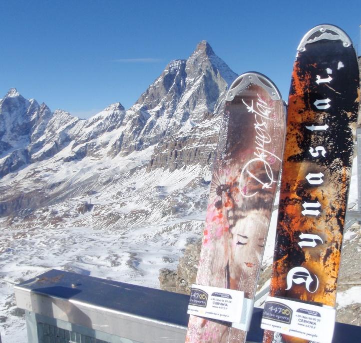 CDF_2009-11_Dynastar_ski