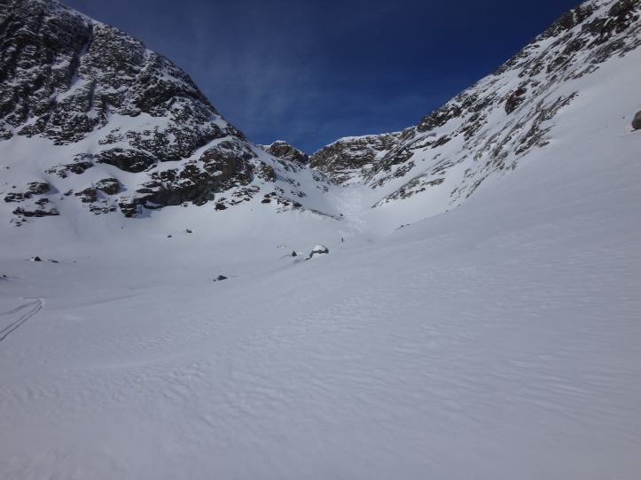 Il canalino della pista Panorama (chiusa), bella neve ma poca...