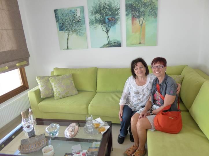La signora Anezina con Bianca e il suo bergamotto