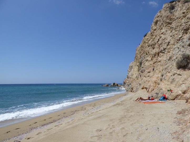 La spiaggia di Roukounas