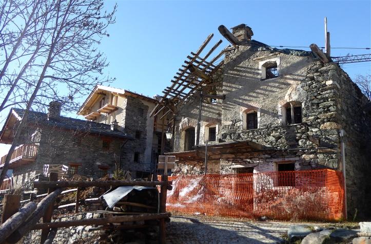 se non crollasse sarebbe una bella casa...